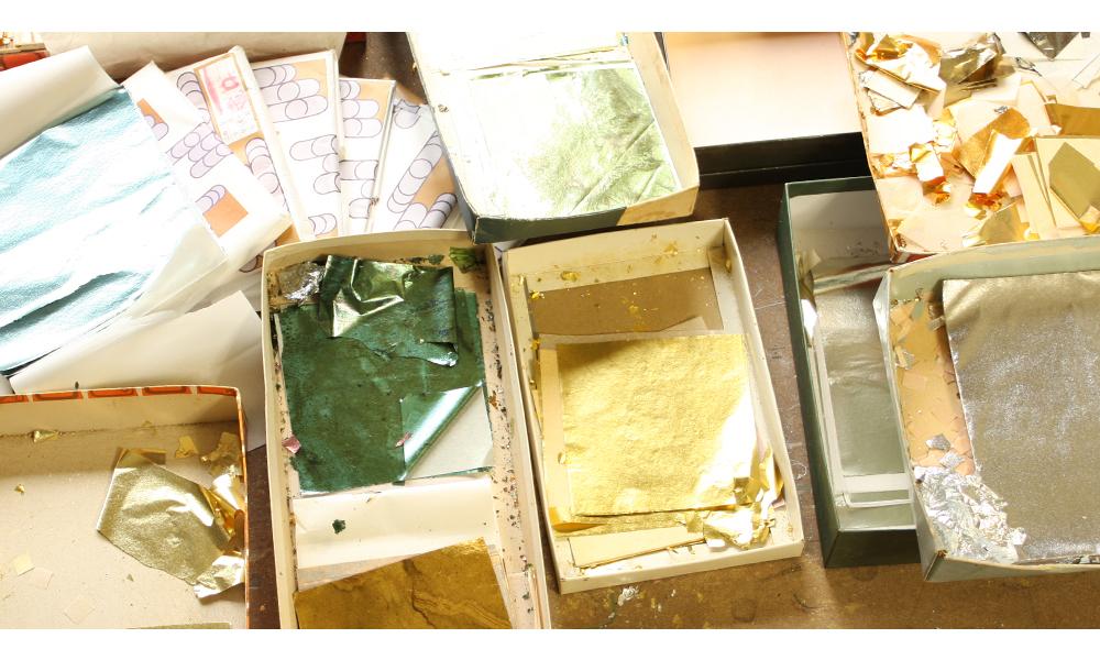 金彩の材料イメージ 箔